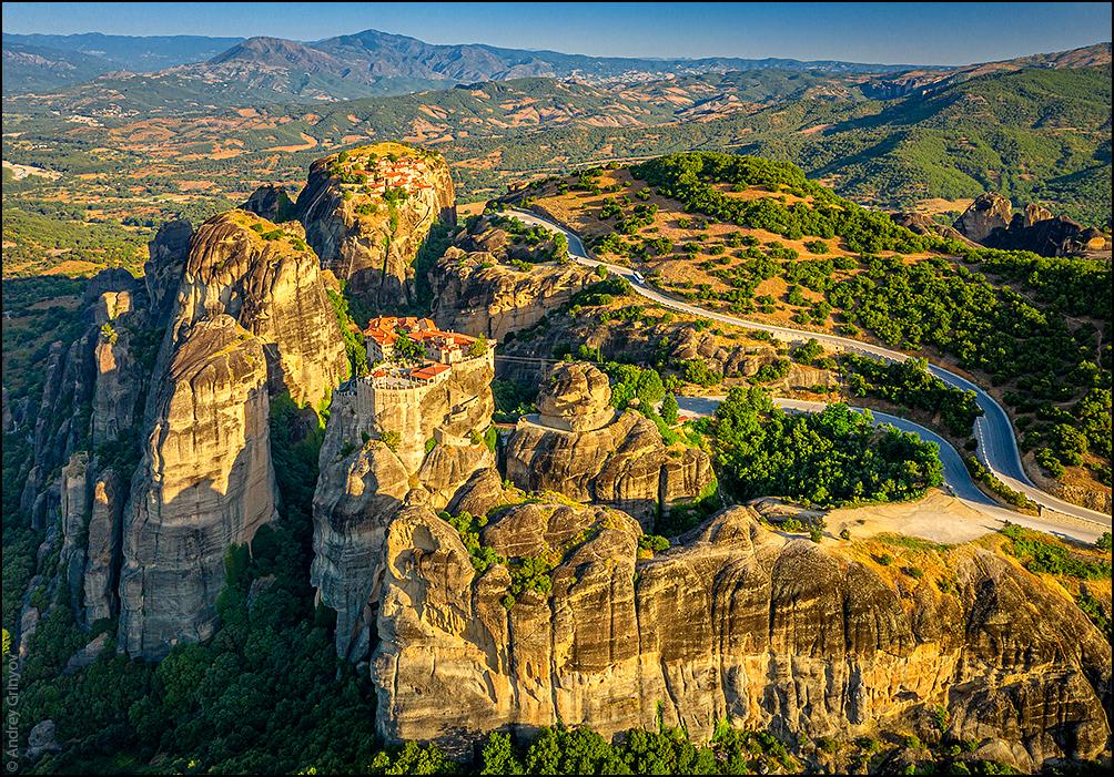 http://anagr.com/internet/Greece/Meteora/Meteora-030.jpg