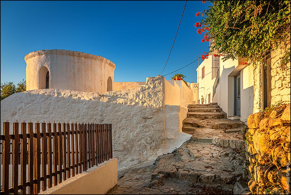 http://anagr.com/internet/Greece/Skyros/Skyros-006.jpg